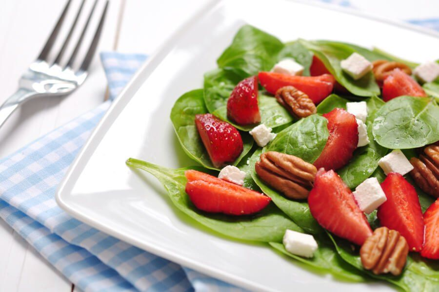 Goat Cheese Strawberry Pecan Salad thumbnail