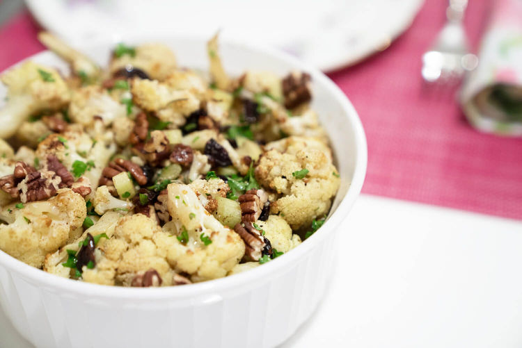 roaster cauliflower salad in a bowl