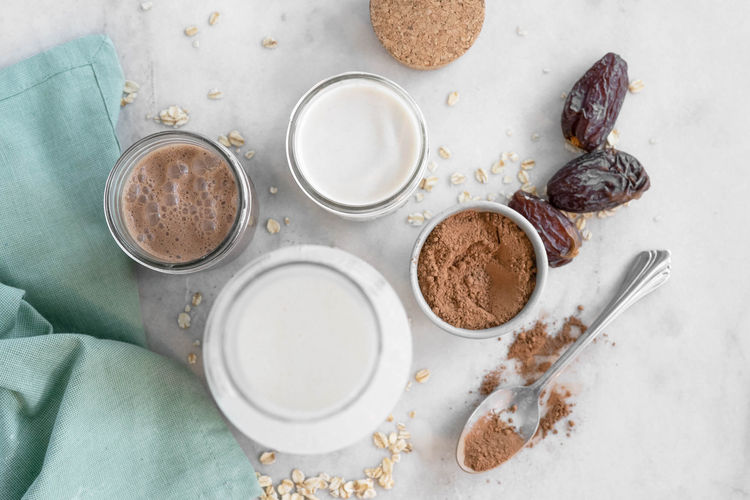 Ingredients in chocolate oat milk