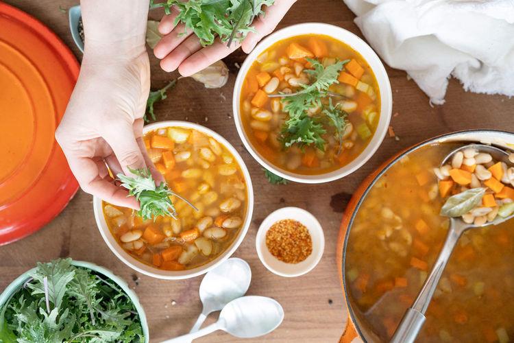 smoky white bean kale soup