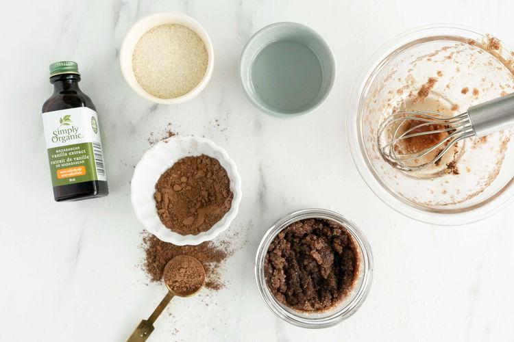 cacao lip  scrub