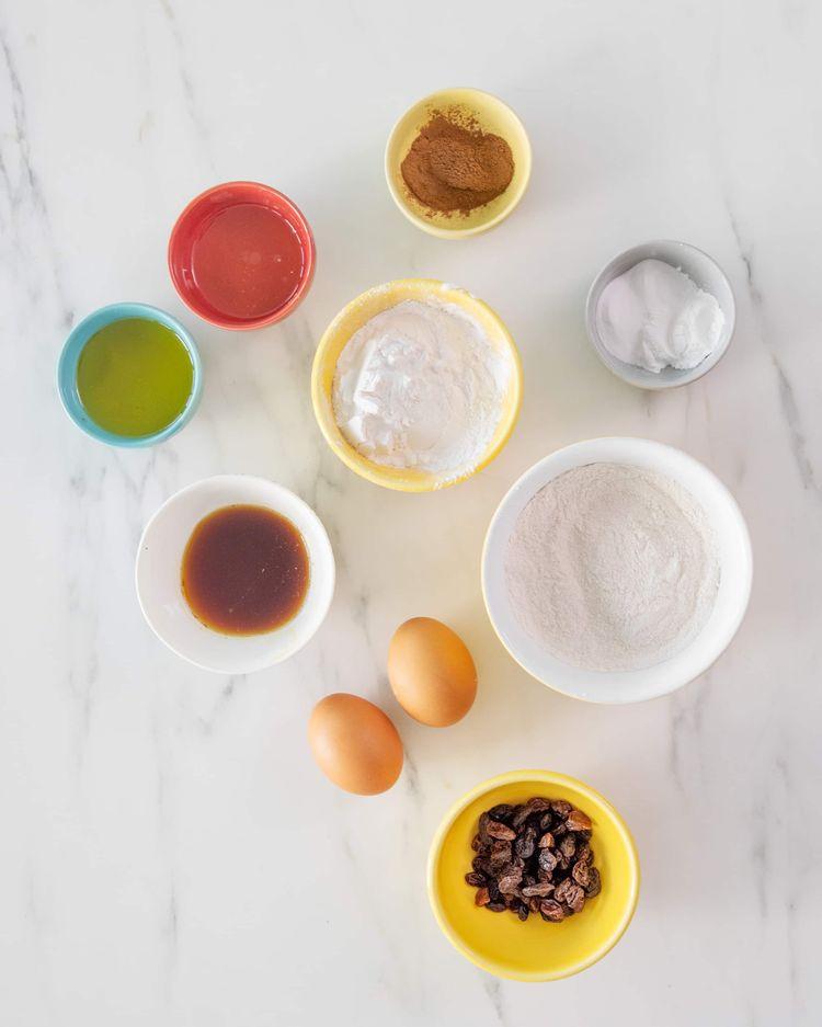 Ingredients for Cinnamon Raisin Bagels Paleo