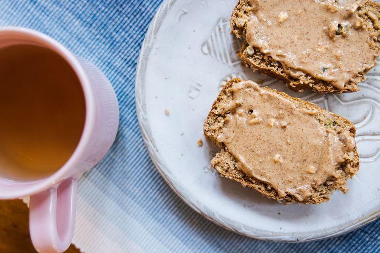 Glutenfree bread with tea