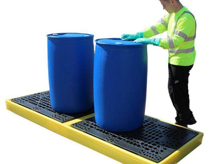4 Drum Plastic Spill Pallet