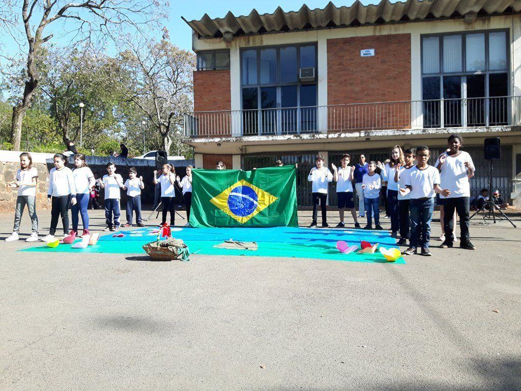 Apresentações aconteceram na manhã de sexta-feira, 7, no pátio da prefeitura (Foto: Divulgação/Prefeitura de Rafard)