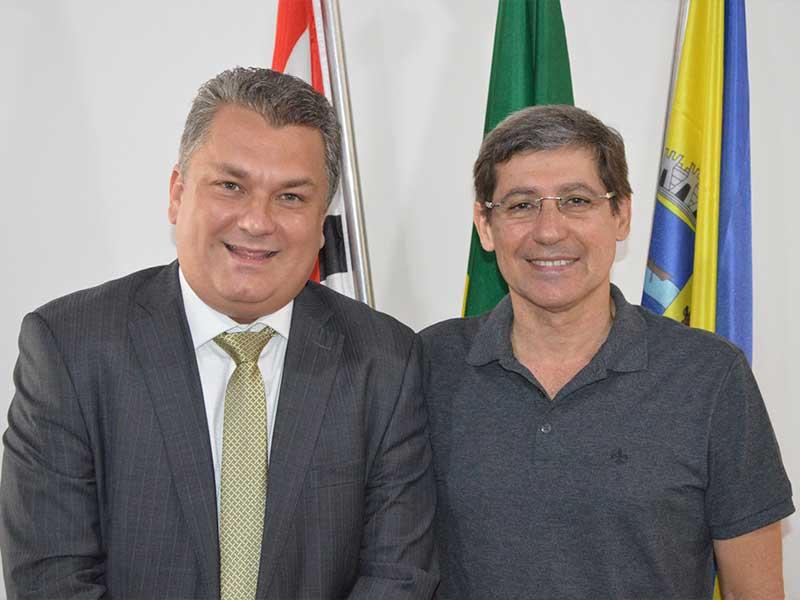 Eric Vieira e Dr. Cássio Prado (Foto: Divulgação/Prefeitura de Porto Feliz)