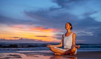 5 Ways Meditation Quells Anxiety