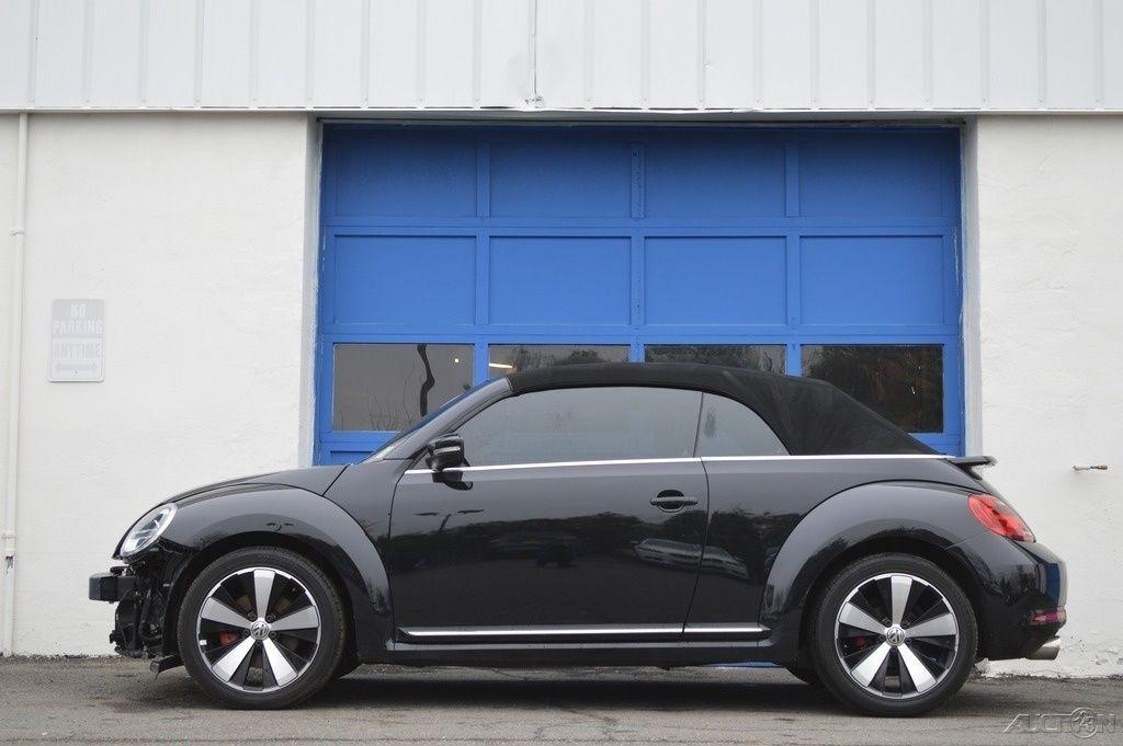 2013 Volkswagen Beetle Classic 2.0T Turbo Convertible Rebuildable Salvage