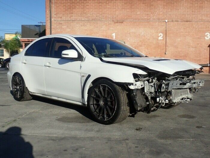 well equipped 2015 Mitsubishi Lancer Evolution GSR repairable
