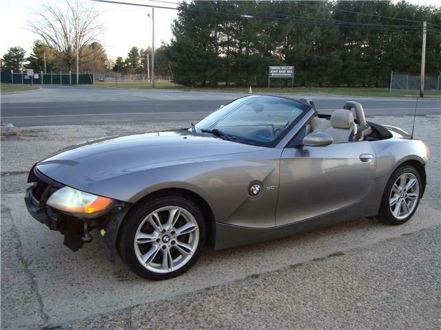2004 BMW Z4 3.0i Roadster Repairable [easy fix]