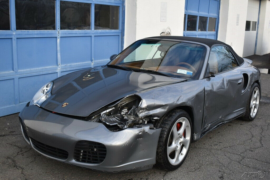 2004 Porsche 911 Turbo repairable [very well equipped]