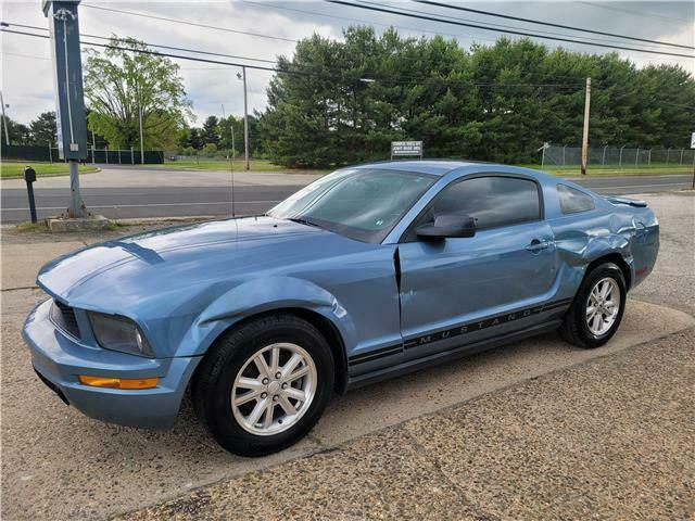 2007 Ford Mustang v6 Automatic Repairable [easy fix]
