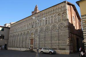 File:Pistoia, chiesa di San Giovanni Fuorcivitas (01).jpg