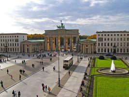 File:2005-10-26 Brandenburger-Tor.JPG
