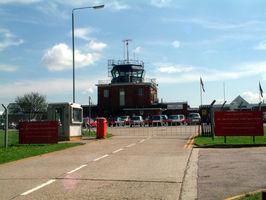 File:London Biggin Hill Airport 1.jpg