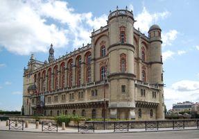 File:Chateau de St Germain-en-laye.JPG