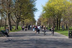 File:Regent's Park London.jpg