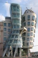 File:La Casa Danzante de Praga 1.JPG