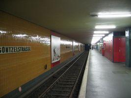 File:Guentzelstr-ubahn.jpg