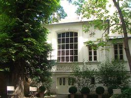 File:Delacroix Museum - The Studio from the Garden, Paris, sof2011.JPG