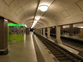 File:Berlin - U-Bahnhof Mehringdamm - Bauzustand 08 2012 (3).jpg