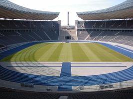 File:Berlin Olympiastadion nach Umbau.jpg