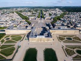 File:Vue aérienne du domaine de Versailles par ToucanWings - Creative Commons By Sa 3.0 - 073.jpg