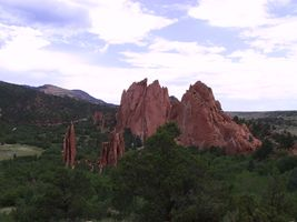 File:Garden of the Gods Hogback Formations.jpg