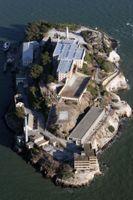 File:Alcatraz aerial.jpg