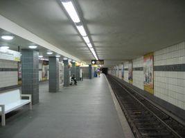 File:Lipschitzallee-ubahn.jpg