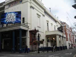 File:The Theatre Royal, Drury Lane - geograph.org.uk - 543440.jpg