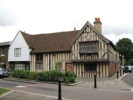 File:15th C houses, Church Lane, E17 - geograph.org.uk - 899229.jpg