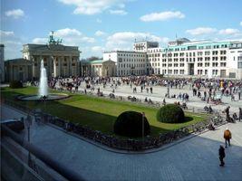File:Pariser Platz Berlin.jpg
