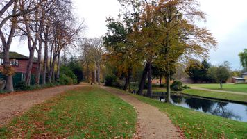 File:Valentines Park, London Borough of Redbridge, IG1 (4163243333).jpg