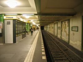 File:Reinickendorfer-ubahn.jpg