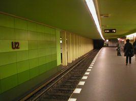File:U-Bahn Berlin Bismarckstraße.jpg