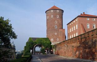 File:Wawel Hill, Gate of the Bernardines, Old Town, Kraków, Poland.jpg