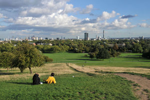File:Primrose Hill, London -16Sept2010.jpg
