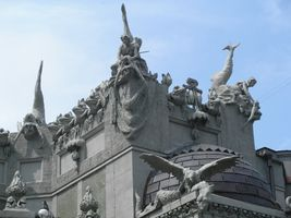 File:Architectural details on House with Chimaeras 2007.JPG