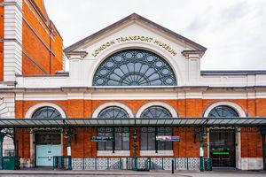 File:London Transport Museum (42206944281).jpg