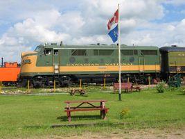 File:Canadian National Railway (CN) locomotive 9000 EMD F3A at Alberta Railway Museum 02-Aug-2004.jpg