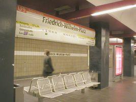 File:U-Bahn Berlin Friedrich-Wilhelm-Platz.JPG