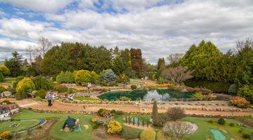 File:2015-09-18 Cockington Green Gardens - 12.jpg