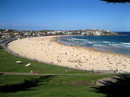 File:Bondi Beach Sydney Australia 7.jpg