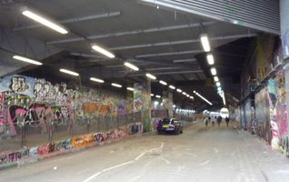 File:Leake Street TQ3079 360wp.JPG