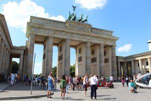 File:Berlin - Brandenburger Tor (5).jpg