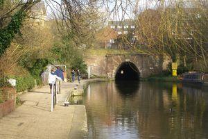 File:Regents Canal, London, England -Islington tunnel-21March2010.jpg