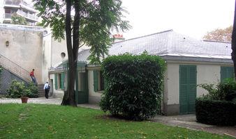 File:Maison Balzac Paris.JPG