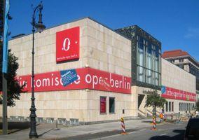 File:Berlin, Mitte, Behrenstraße, Komische Oper 02.jpg