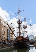 File:Golden Hinde, Londres, Inglaterra, 2014-08-11, DD 107.JPG